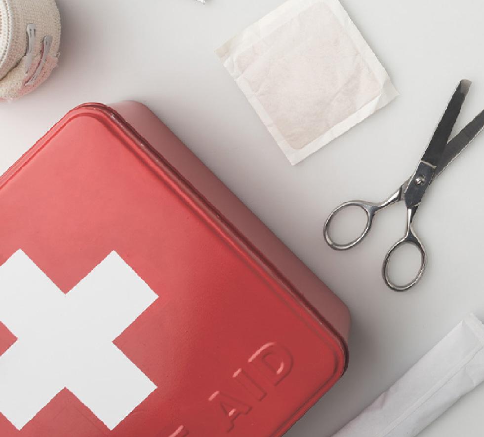 Acessórios essenciais na sua caixa dos medicamentos de casa